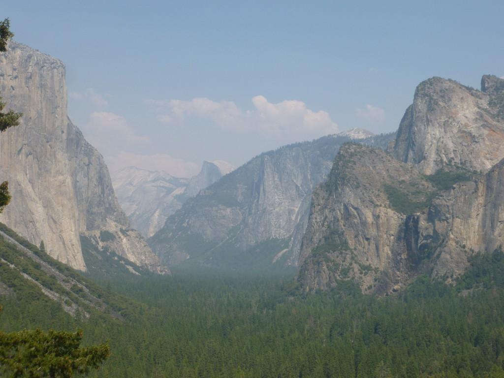 Yosemite Valley from highway 41